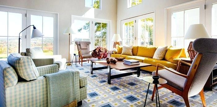 Living Room Carpet Decorating Ideas Living Room Interior Decor With Large Vintage Rug Living Room Decorating Ideas Green Carpet Carpet Institute